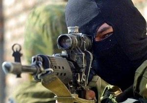 В Дагестане в ходе спецоперации погибли трое военных, семеро получили ранения