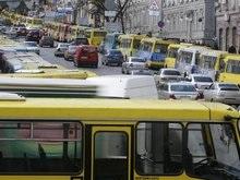 Центр Киева свободен: маршрутчики возобновляют работу