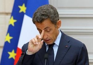 СМИ: Саркози предложит партнерам по ЕС нанести точечные авиаудары по Ливии