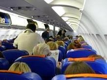 Пьяный российский депутат устроил дебош на борту самолета