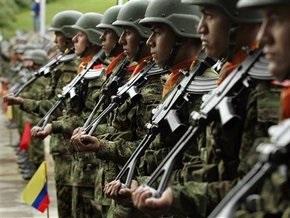 Колумбия отвергла обвинения Чавеса в вооруженном вторжении в Венесуэлу