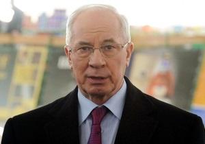 Азаров считает, что Украине нужны тысячи булочных-кондитерских