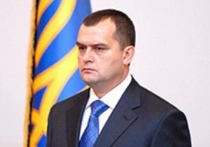 Янукович уволил главу МВД Захарченко