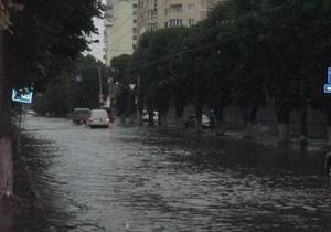 В западных областях Украины объявлено штормовое предупреждение