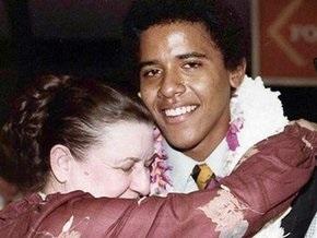 Обама прервал агитацию, чтобы навестить больную бабушку