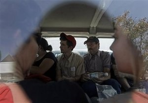 Освобождение американских миссионеров на Гаити откладывается