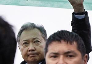 Временные власти Кыргызстана не исключают переговоров с Бакиевым