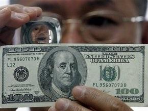Доллар падает на опасении рецессии в США