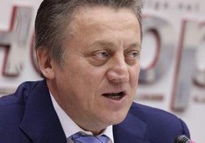 Оппозиция: Кандидат от власти Лысов заблокировал работу окружкома №211 в Киеве