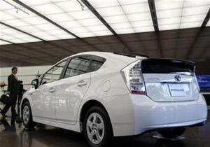 Toyota может отозвать 220 тысяч автомобилей Prius