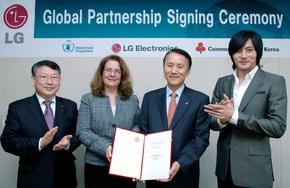 LG Electronics – первая азиатская компания, поддерживающая Всемирную продовольственную программу ООН по преодолению голода в Африке.