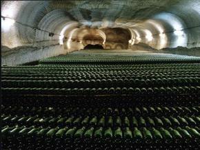 На Артемовском заводе шампанских вин произошел пожар
