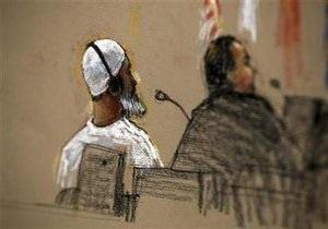 Повар Усамы бин Ладена признался в связях с террористами перед трибуналом Гуантанамо