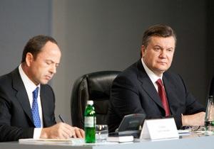 Опрос: Партия регионов после поглощения Сильной Украины возглавила рейтинг политсил