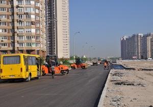 Ко Дню Киева обещают завершить реконструкцию проспекта Бажана и улицы Горького