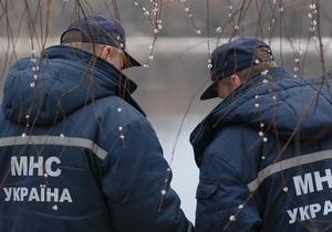 В поле под Симферополем обнаружили тела троих человек