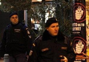 Двоих украинцев обвиняют в убийстве полицейского в Греции