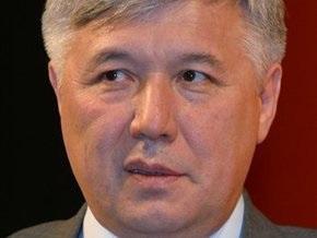 Коммунисты и регионалы потребовали отставки Еханурова