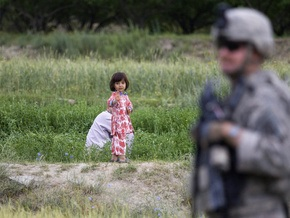 В результате теракта в Афганистане погибли двое детей