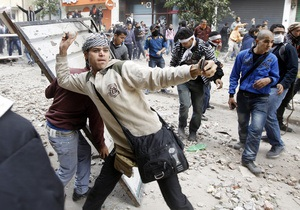 Египет - В столице Египте начались столкновения сторонников и противников Мурси