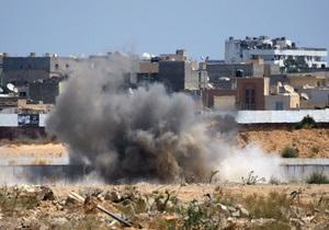 В столице Ливии произошли два взрыва