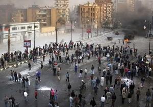 Египетская армия направляет пехоту для прекращения столкновений в Каире