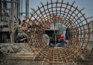 Обзор: Экономика Украины медленно восстанавливается после кризиса