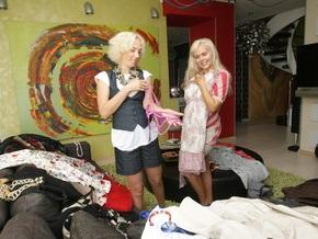 Корреспондент: Обеспеченные украинцы начали ходить по магазинам со стилистами