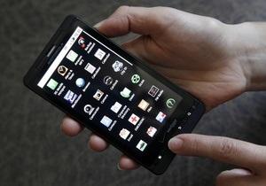 В смартфонах будущего будут слабые процессоры и малый объем памяти - эксперт