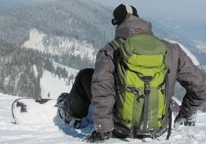 В Карпатах спасли двух заблудившихся сноубордистов