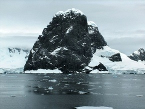 Российские ученые вывезли из Антарктиды 360 тонн отходов