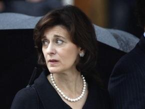 Место Эдварда Кеннеди в Сенате может занять его вдова