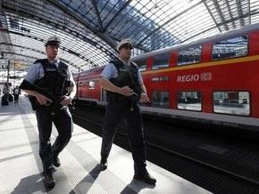 Немецкий студент едва не погиб, показывая ягодицы поезду