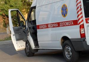 В Винницкой области из окна пятого этажа выпала 16-летняя девушка