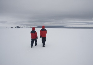 Украинские полярники снимут фильм о выборах президента Украины на Антарктиде