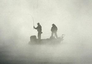 В Черниговской области хулиганы обстреляли белорусских рыбаков