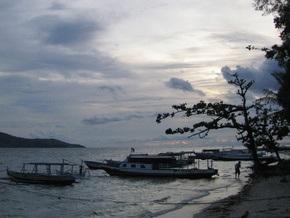 В Индонезии затонул паром с 250 пассажирами