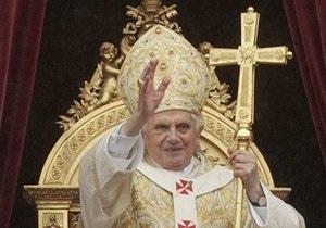 Папа Римский провел пасхальное богослужение несмотря на сексуальный скандал