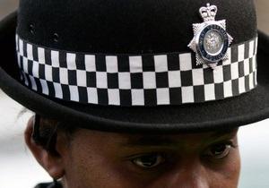 Британских полицейских лишили права обыскивать людей под предлогом борьбы с терроризмом