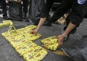 Полиция Испании обнаружила около 100 килограммов кокаина в грузе бананов