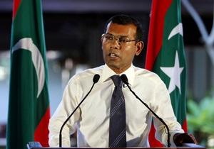 Кризис на Мальдивах: Армия объявила об отставке президента
