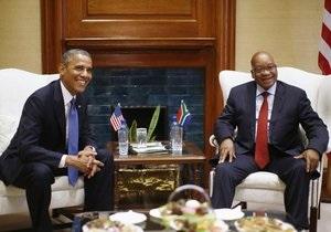 Новости ЮАР - Барак Обама - В ЮАР полиция применила свето-шумовые гранаты на акции против Обамы -