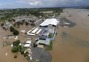 Жертвами наводнений в Австралии стали не менее восьми человек