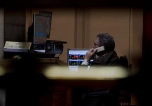Рынки: Негатив нагнетается ожиданиями коррекции внешних площадок