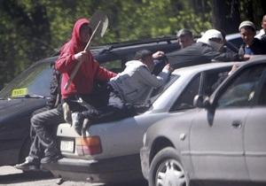 МВД Кыргызстана: В Бишкеке могут находиться до 10 тысяч мародеров