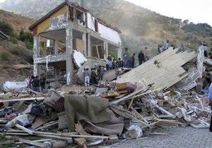 В Турции из-под завалов извлекли живым двухнедельного ребенка