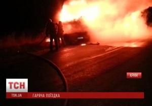 Под Феодосией сгорел экскурсионный автобус