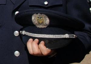 В Крыму хулиган едва не задушил милиционера в участке