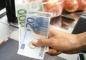 Евро упал до двухмесячного минимума к доллару