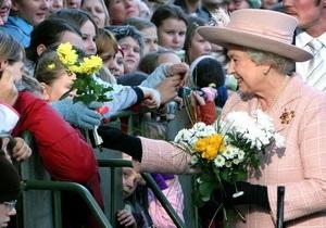 Королева Великобритании впервые за пять лет пропустила официальную церемонию